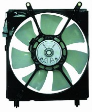 2000-2001 Toyota Camry Radiator Cooling Fan Assembly (Left Side / V6)