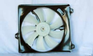 1999-2001 Lexus ES300 Radiator Cooling Fan Assembly (Right Side)