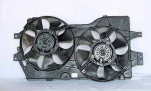 1996-2000 Chrysler Town & Country Radiator Cooling Fan Assembly