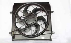 2002-2004 Jeep Liberty Radiator Cooling Fan Assembly