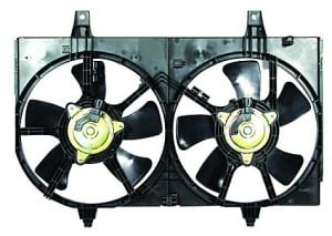 2002-2003 Nissan Maxima Radiator Cooling Fan Assembly
