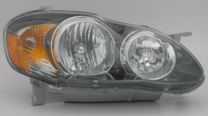 2005-2008 Toyota Corolla Headlight Assembly (S/XRS / USA) - Right (Passenger)