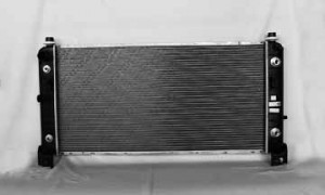 2000-2006 Chevrolet (Chevy) Tahoe Radiator (34-inch Core / with Eoc)