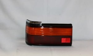 1989-1990 Toyota Camry Tail Light Rear Lamp - Left (Driver)