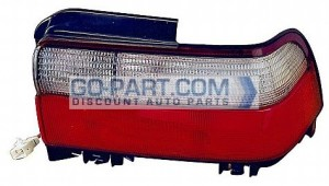 1996-1997 Toyota Corolla Tail Light Rear Lamp - Right (Passenger)