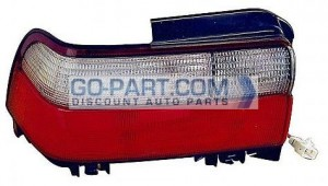 1996-1997 Toyota Corolla Tail Light Rear Lamp - Left (Driver)