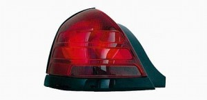 2003-2006 Mercury Grand Marquis Tail Light Rear Lamp - Left (Driver)