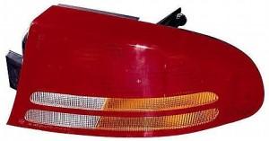 1998-2004 Dodge Intrepid Tail Light Rear Lamp - Right (Passenger)