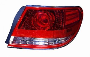 2005-2006 Lexus ES330 Tail Light Rear Lamp - Right (Passenger)