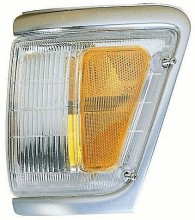 1992-1995 Toyota Pickup Corner Light (4WD / with Chrome) - Right (Passenger)