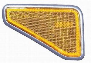2004-2004 Honda Element Front Marker Light - Right (Passenger)