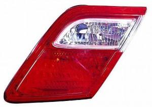 2007-2009 Toyota Camry Inner Tail Light (Inner Lamps / Japan) - Right (Passenger)