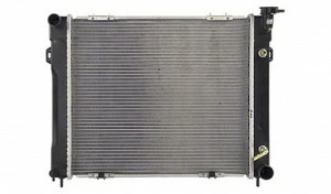 1993-1997 Jeep Grand Cherokee Radiator (5.2L V8 / Slot Mount Fan Shroud)