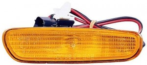 2000-2000 Volvo V40 Front Marker Light - Right (Passenger)