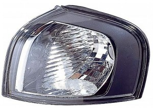 1999-2003 Volvo S80 Parking / Signal Light - Left (Driver)