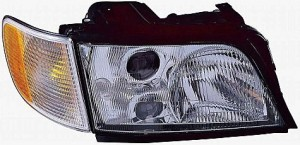 1996-1997 Audi A6 Headlight Assembly - Right (Passenger)