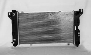 1996-2000 Chrysler Town & Country Radiator (3.3L / 3.8L / With Passenger Side Outlet)