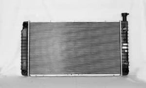 1999-2002 Chevrolet (Chevy) Express Radiator (4.3L / 5.0L / 5.7L / Without EOC)