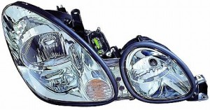 2001-2005 Lexus GS300 Headlight Assembly - Right (Passenger)