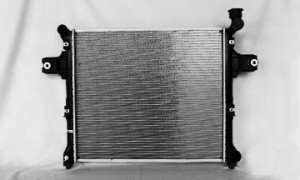 2005-2009 Jeep Grand Cherokee Radiator (5.7L V8)