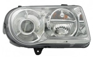 2005-2005 Chrysler 300 / 300C Headlight Assembly - Right (Passenger)