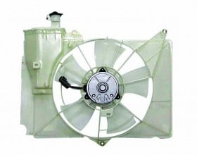 2004-2006 Scion xB Radiator Cooling Fan Assembly
