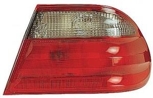 2000-2002 Mercedes Benz E320 Outer Tail Light - Right (Passenger)