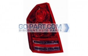 2008-2009 Chrysler 300 / 300C Tail Light Rear Lamp - Left (Driver)