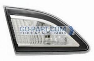 2010-2011 Mazda 3 Mazda3 Backup Light Lamp - Left (Driver)
