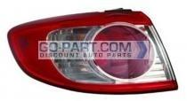 2010-2011 Hyundai Santa Fe Tail Light Rear Lamp - Left (Driver)