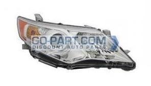 2012-2013 Toyota Camry Headlight Assembly - Right (Passenger)