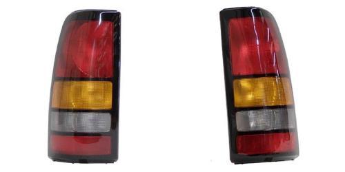 2004 2005 2006 GMC Sierra Passenger side Tail light GM2801177