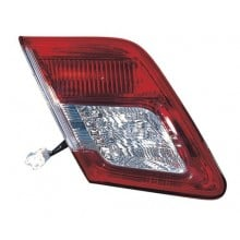 2010 -  2011 Toyota Camry Rear Tail Light Assembly Replacement / Lens / Cover - Left <u><i>Driver</i></u> Side Inner