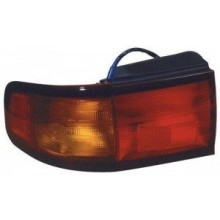 1995 - 1996 Toyota Camry Rear Tail Light Assembly Replacement / Lens / Cover - Left <u><i>Driver</i></u> Side - (4 Door; Sedan + 2 Door; Coupe)