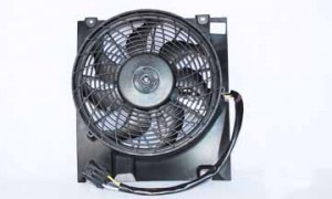2000-2005 Saturn L Condenser Cooling Fan Assembly