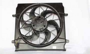 2002-2004 Jeep Liberty Radiator Cooling Fan Assembly