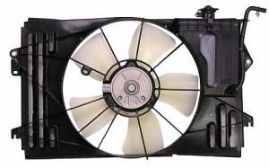 2003-2008 Toyota Matrix Radiator Cooling Fan Assembly
