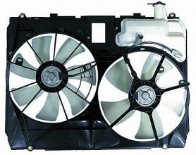 2004-2005 Toyota Sienna Radiator Cooling Fan Assembly (Without Towing Package)