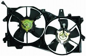2002-2005 Mazda MPV Radiator Cooling Fan Assembly
