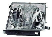 1997 - 2000 Toyota Tacoma Front Headlight Assembly Replacement Housing / Lens / Cover - Left (Driver)