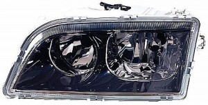 2000-2002 Volvo S40 Headlight Assembly - Left (Driver)