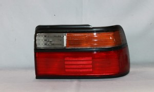 1988-1990 Toyota Corolla Tail Light Rear Lamp - Right (Passenger)