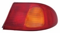 1998 - 2002 Toyota Corolla Tail Light Rear Lamp (Body Mounted) - Left (Driver)