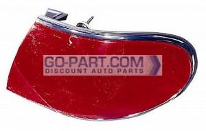 2001-2005 Buick LeSabre Tail Light Rear Brake Lamp - Right (Passenger)