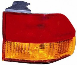 2002-2004 Honda Odyssey Tail Light Rear Lamp - Right (Passenger)