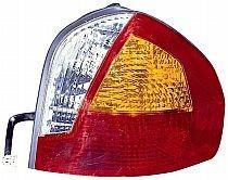 2001-2004 Hyundai Santa Fe Tail Light Rear Lamp - Right (Passenger)