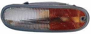 1998-2005 Volkswagen Beetle Parking / Signal / Marker Light - Left (Driver)