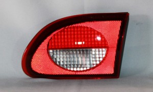 2000-2002 Chevrolet (Chevy) Cavalier Backup Light Lamp - Right (Passenger)