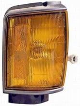 1987 - 1988 Toyota Pickup Corner Light (4WD + Black) - Right (Passenger)