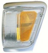 1992 - 1995 Toyota Pickup Corner Light (4WD + with Chrome) - Right (Passenger)
